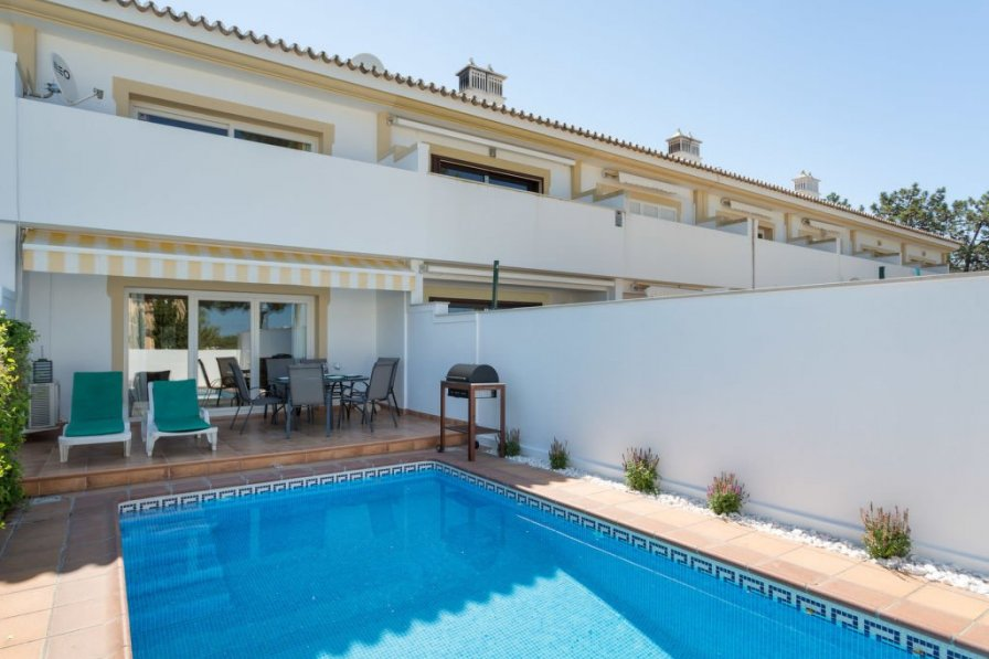 Owners abroad V2 Garrao 650m from the beach