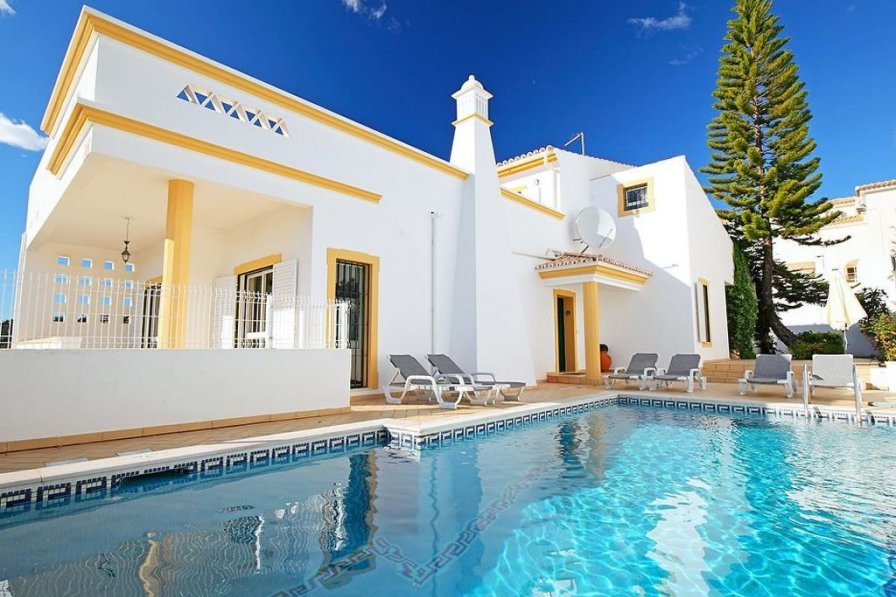 Owners abroad Villa Albufeira Center