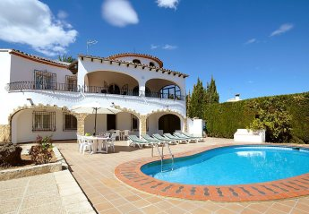 6 bedroom Villa for rent in Moraira