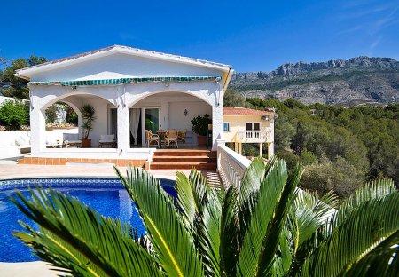 Villa in Alhama Springs, Spain