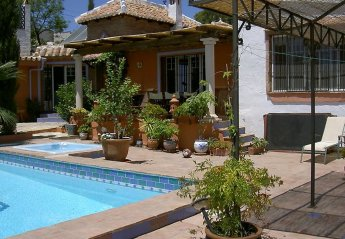 6 bedroom House for rent in Frigiliana