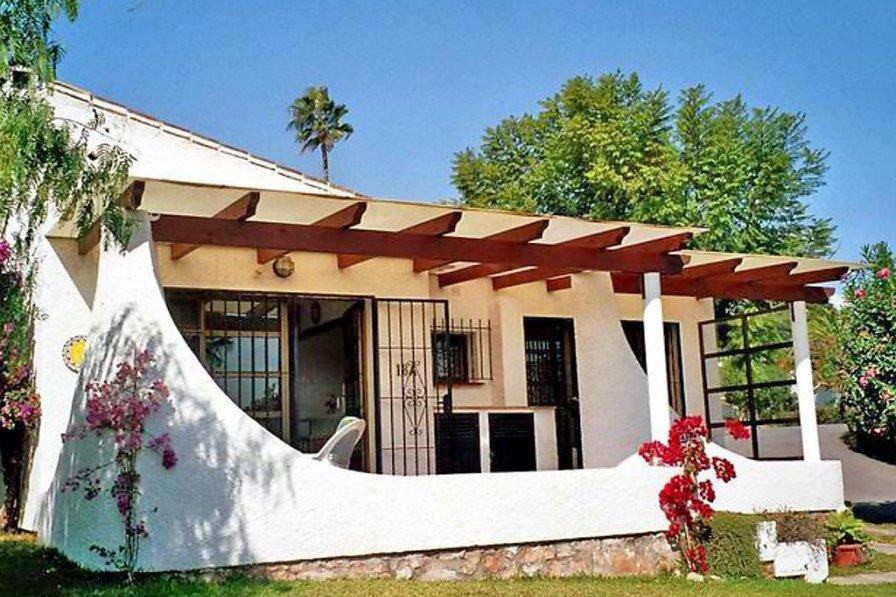House To Rent In Bugambillas Alcantara Adelfas Spain