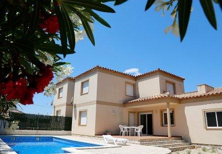 Villa in Les Tres Cales, Spain