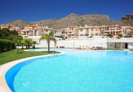 Apartment in Golf Bahía, Spain