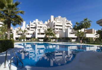 2 bedroom Apartment for rent in Estepona