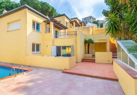 Apartment in Roses, Spain