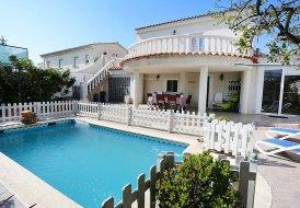 Villa in L'Ardiaca, Spain