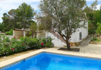 2 bedroom Villa for rent in Moraira