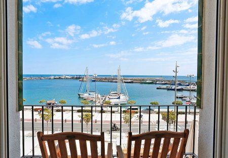 Apartment in Cambrils, Spain