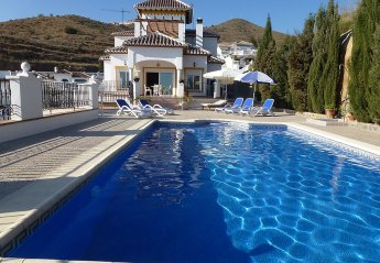 4 bedroom House for rent in Torrox