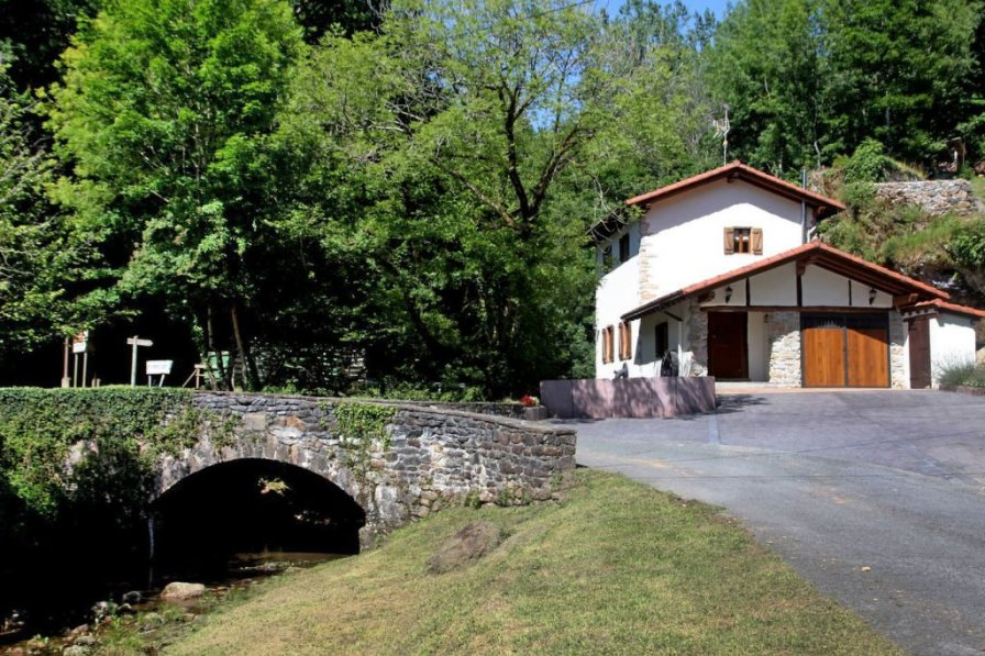 Villa in Spain, Bera