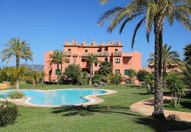 Penthouse Apartment in Golf Bahía, Spain