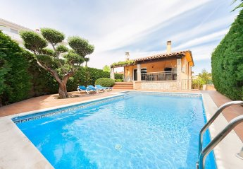 6 bedroom House for rent in L'Escala
