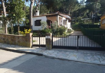 3 bedroom Villa for rent in Begur