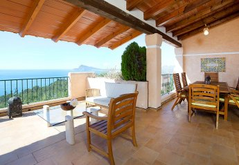 6 bedroom House for rent in Altea