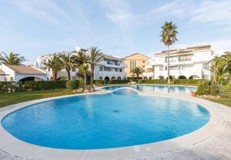 Apartment in Arenals de Mar, Spain