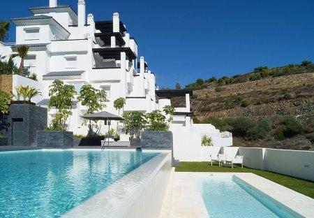 Apartment in Benahavís, Spain