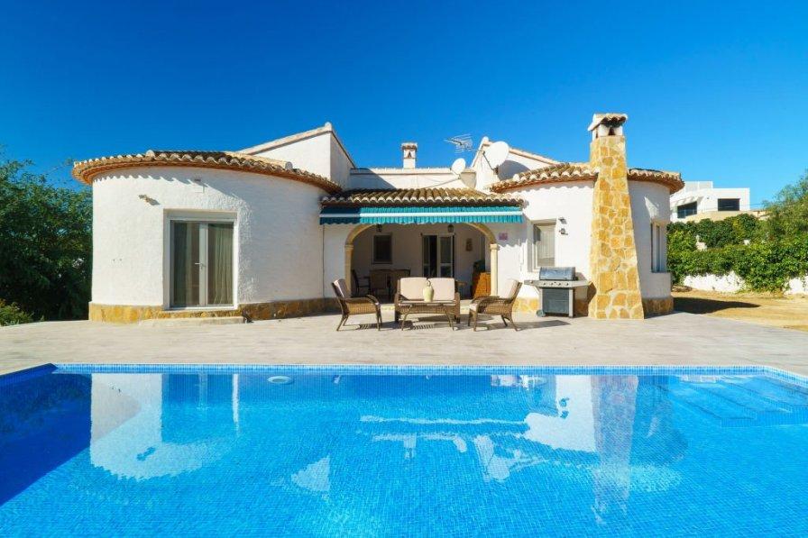 Villa to rent in la mandarina spain with private pool 241454 - Mandarina home espana ...