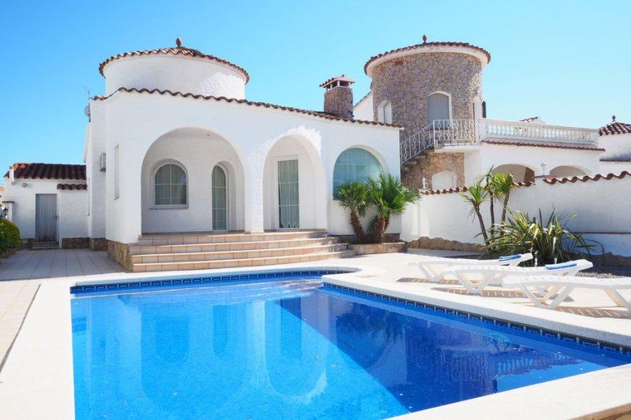 Villa in Spain, Empuriabrava: OLYMPUS DIGITAL CAMERA