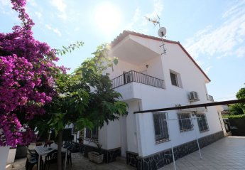 4 bedroom Villa for rent in Cambrils