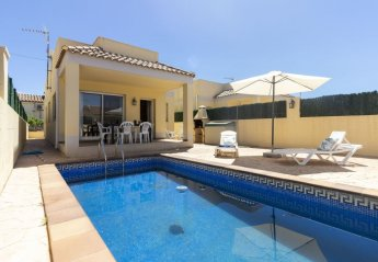 3 bedroom Villa for rent in Riumar