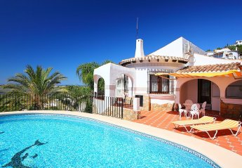 4 bedroom House for rent in Denia
