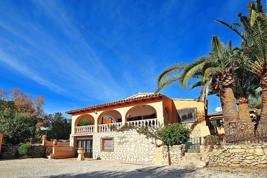 Villa in Spain, Cometa