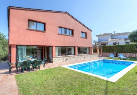 Villa in S'Agaró, Spain