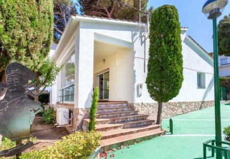 Villa in La Batería, Spain