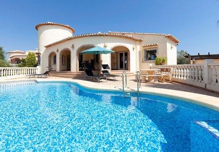 Villa in Urbanización L'Almunia, Spain