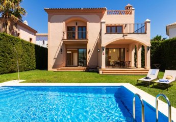 3 bedroom House for rent in Estepona