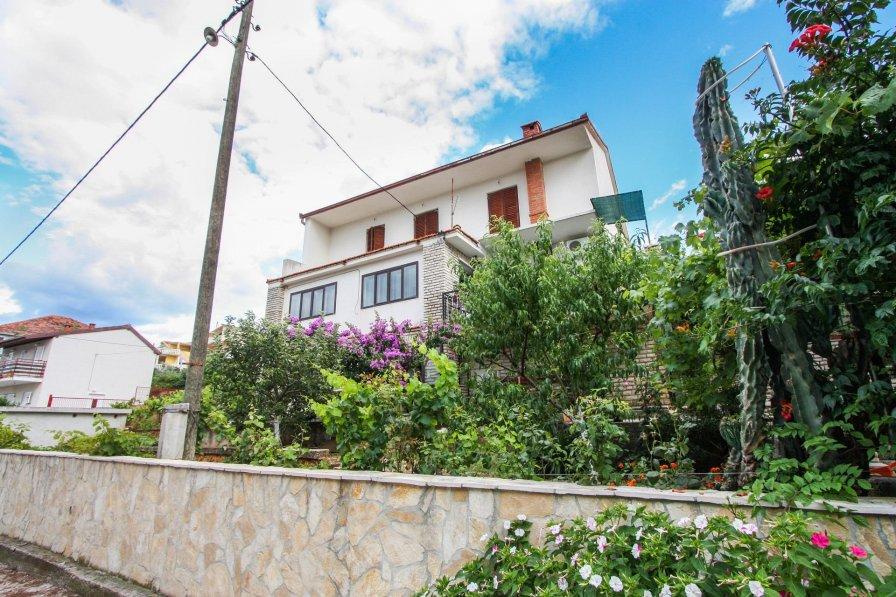 Apartment in Croatia, Arbanija