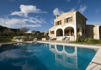 5 bedroom Villa for rent in Campanet