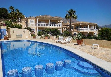 Apartment in La Nucia, Spain