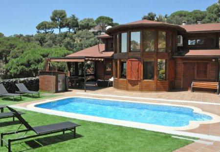 Villa in Mataró, Spain