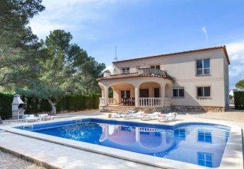 8 bedroom Villa for rent in Tres Calas