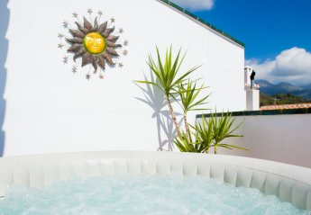 5 bedroom House for rent in Frigiliana