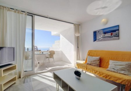 Apartment in Bahía Dorada, Spain