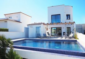 Villa in Empuriabrava, Spain