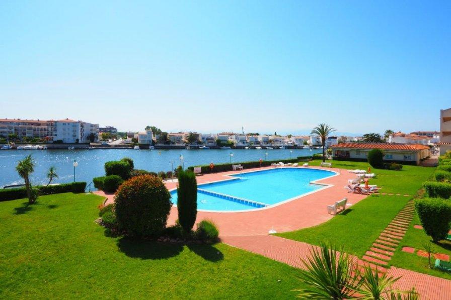 Apartment in Spain, Empuriabrava: OLYMPUS DIGITAL CAMERA