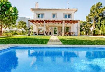 4 bedroom Villa for rent in Denia