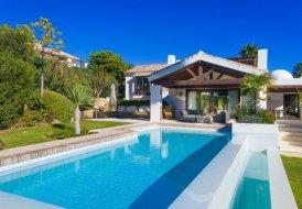 Villa in La Alquería-El Paraíso, Spain