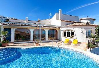 5 bedroom House for rent in Denia