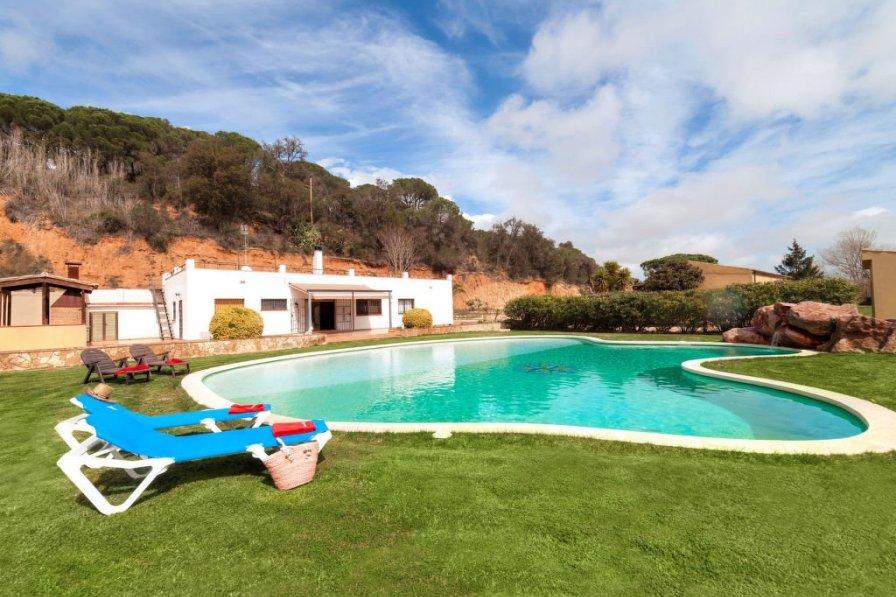 Owners abroad Sant Feliu de Guíxols villa to rent