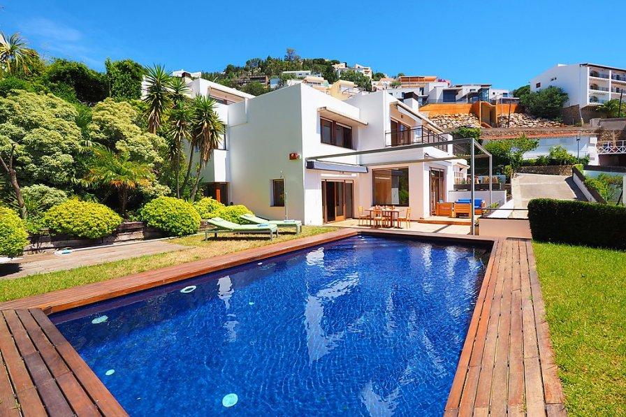 Villa in Spain, Canyelles-Almadrava-puig-rom
