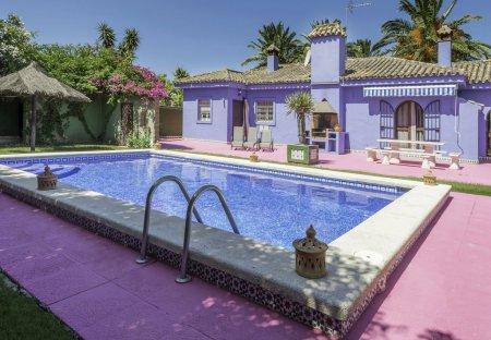 Villa in Los Gallos-Cerromolino, Spain