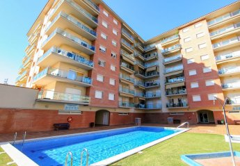 3 bedroom Apartment for rent in Santa Susanna