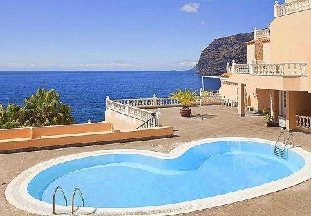 Apartment in Acantilados de Los Gigantes, Tenerife