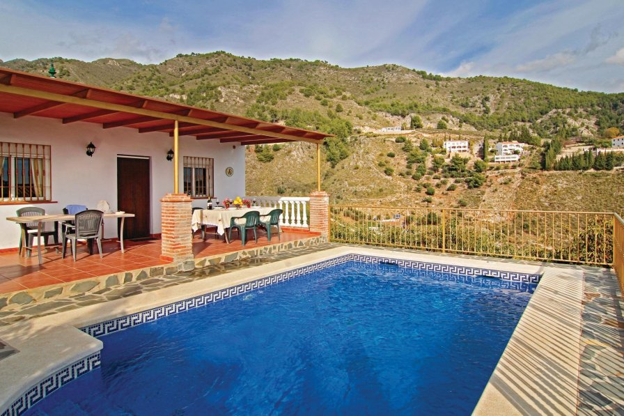 Villa To Rent In Frigiliana Spain With Swimming Pool 243990