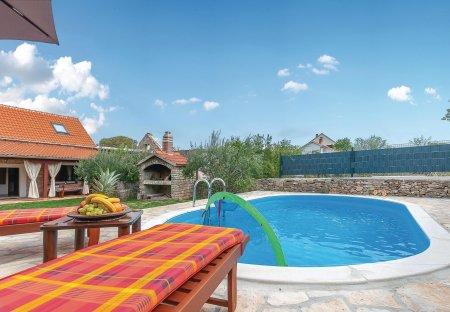 Villa in Puljane, Croatia